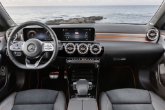 Inchiriere auto lux mercedes s class