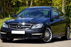 rent mercedes luxury cars
