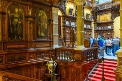 Peles Castle private transfer