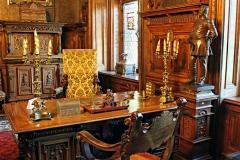 Peles Castle transfer Bucharest